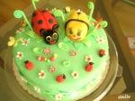 "Торта ""Пролет"" ""Династия"" орехови платки с варен маслено-млечен крем и шоколадов крем Калинка и Пчеличка от смес за бисквитена торта. Покритие - захарен фондан"